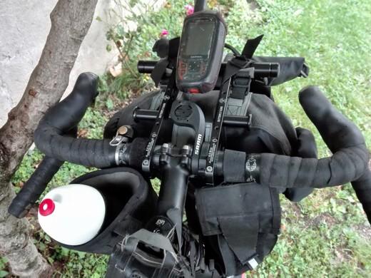 manubrio bici con garmin