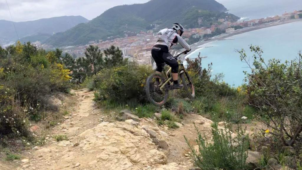 Corso Gravity Tour Leader Sestri Levante