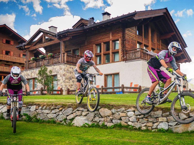 bike hotel, si parte!
