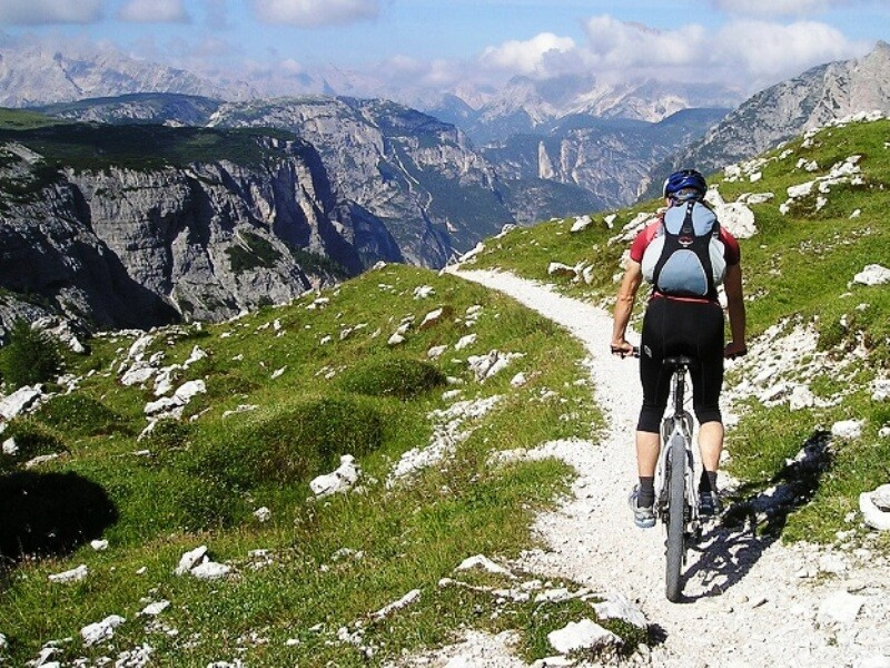 guardare al futuro in mountain bike