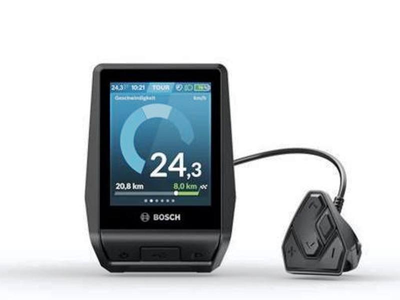 Bosch Nyon ha uno schermo da 3,2 pollici, si collega via Bluetooth allo smartphone