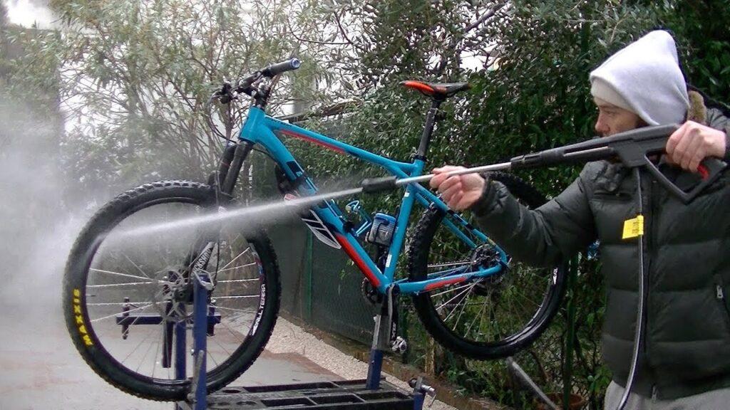 lavare mtb in autolavaggio